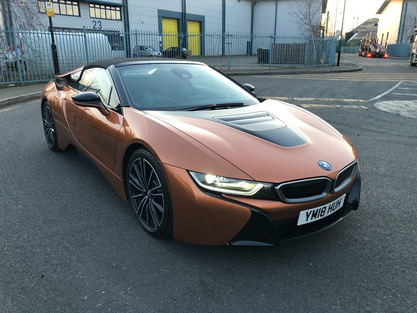 View BMW i8 Roadster