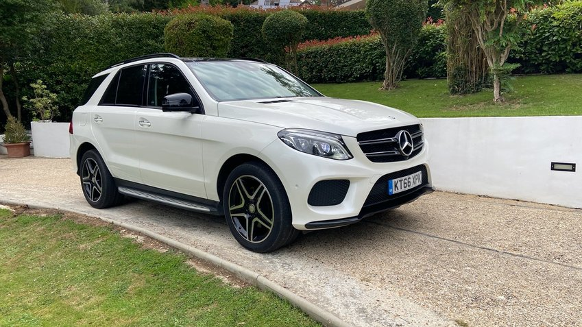 MERCEDES GLE CLASS 250 AMG Line Premium Plus Night Ed